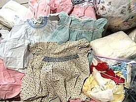 Baby_clothes_from_the_early_1960.jpg