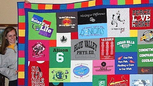 Click here for more graduation T-shirt quilt photos