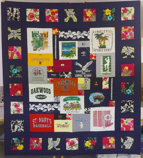 Memorial_quilt_From_moms_clothing