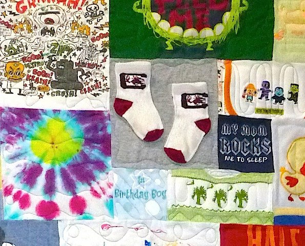 Socks can be used in a quilt or T-shirt quilt.