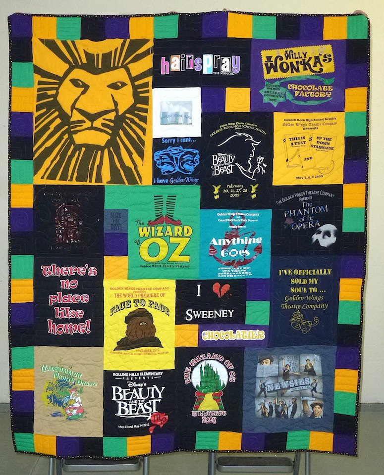 awesome border on a T-shirt quilt