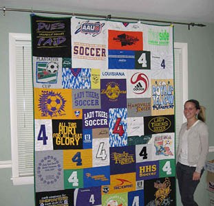 Quilt hung using office clips