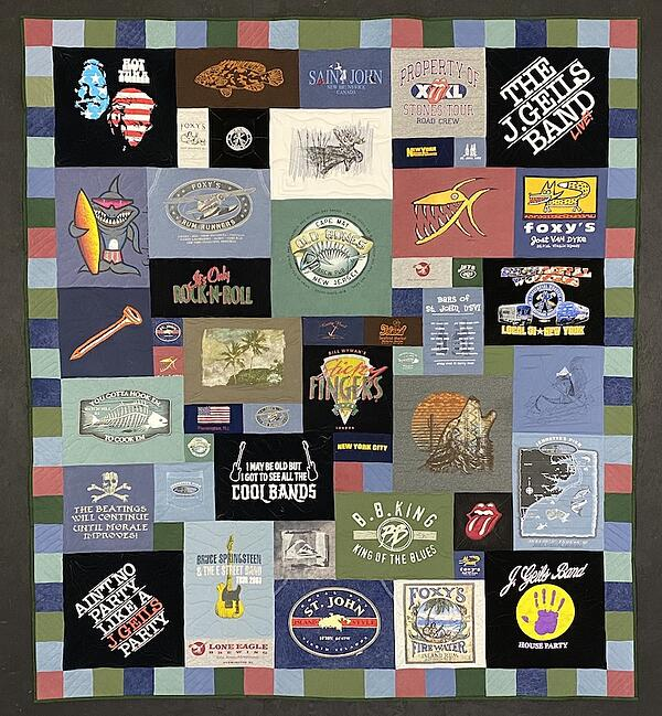 Best of T-shirt quilt of 2020 - muted