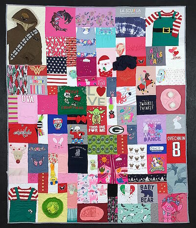 Baby Clothes quilt with whole outfits