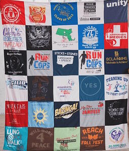 american quilt co T-shirt blanket