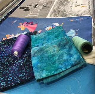 binding and thread choices for a T-shirt quilt
